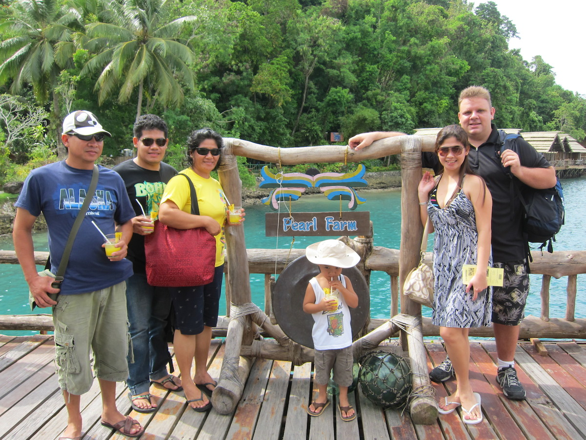 Buenaflor Family at Pearl Farm